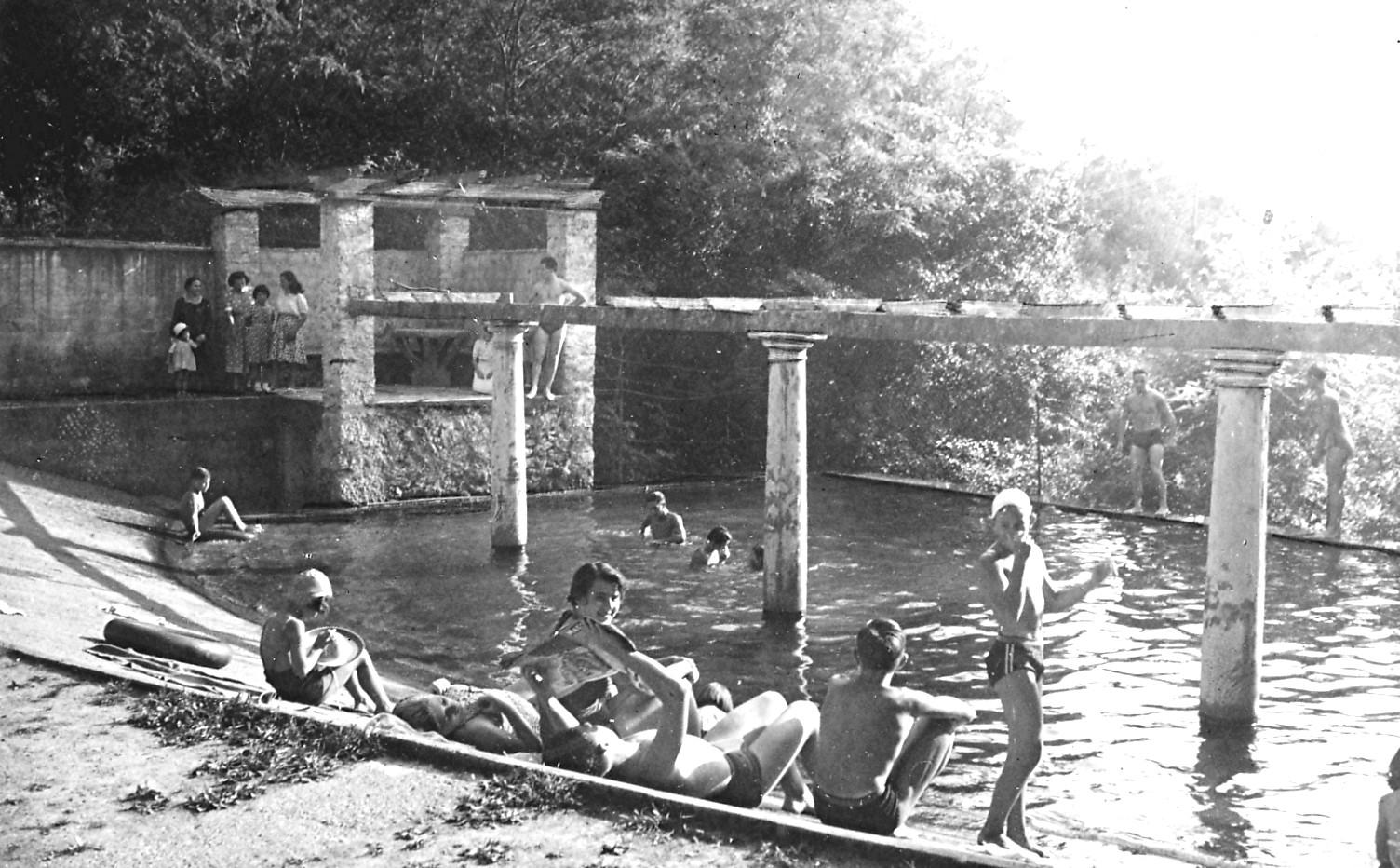 La piscina di Arzo