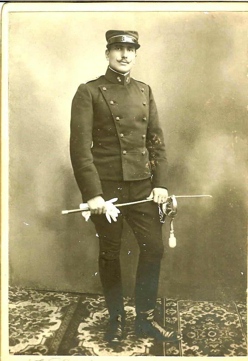 Ing. Ettore Brenni in uniforme durante la guerra 1914-1918