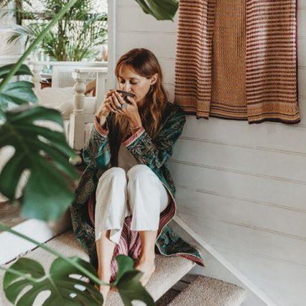 Mind Travel with Nina Karnikowski - Blog Image