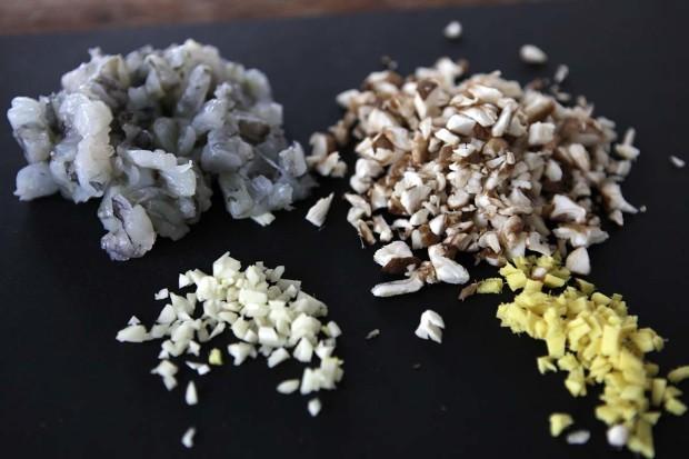 Crevetten, Knoblauch, Shiitake und Ingwer
