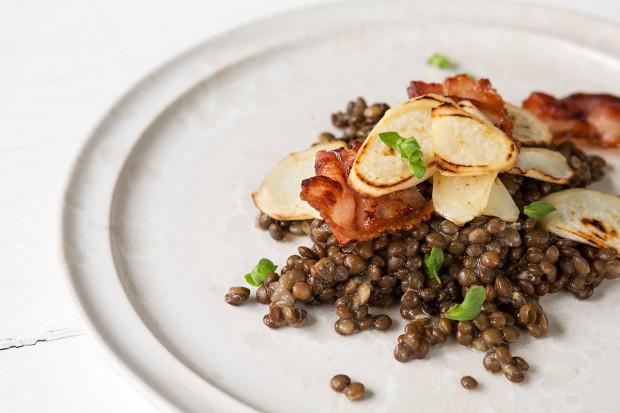 Petersilienwurzel-Linsen-Salat