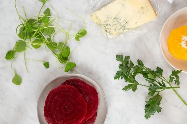 Zutaten für Randen-Orangen-Salat mit Stilton