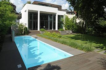 Il giardino di design abitare - Piante per bordo piscina ...