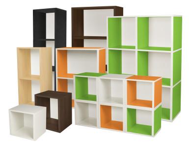Farbenfroh, trendig: Regale aus Karton (kartondesign.ch - Regal Family