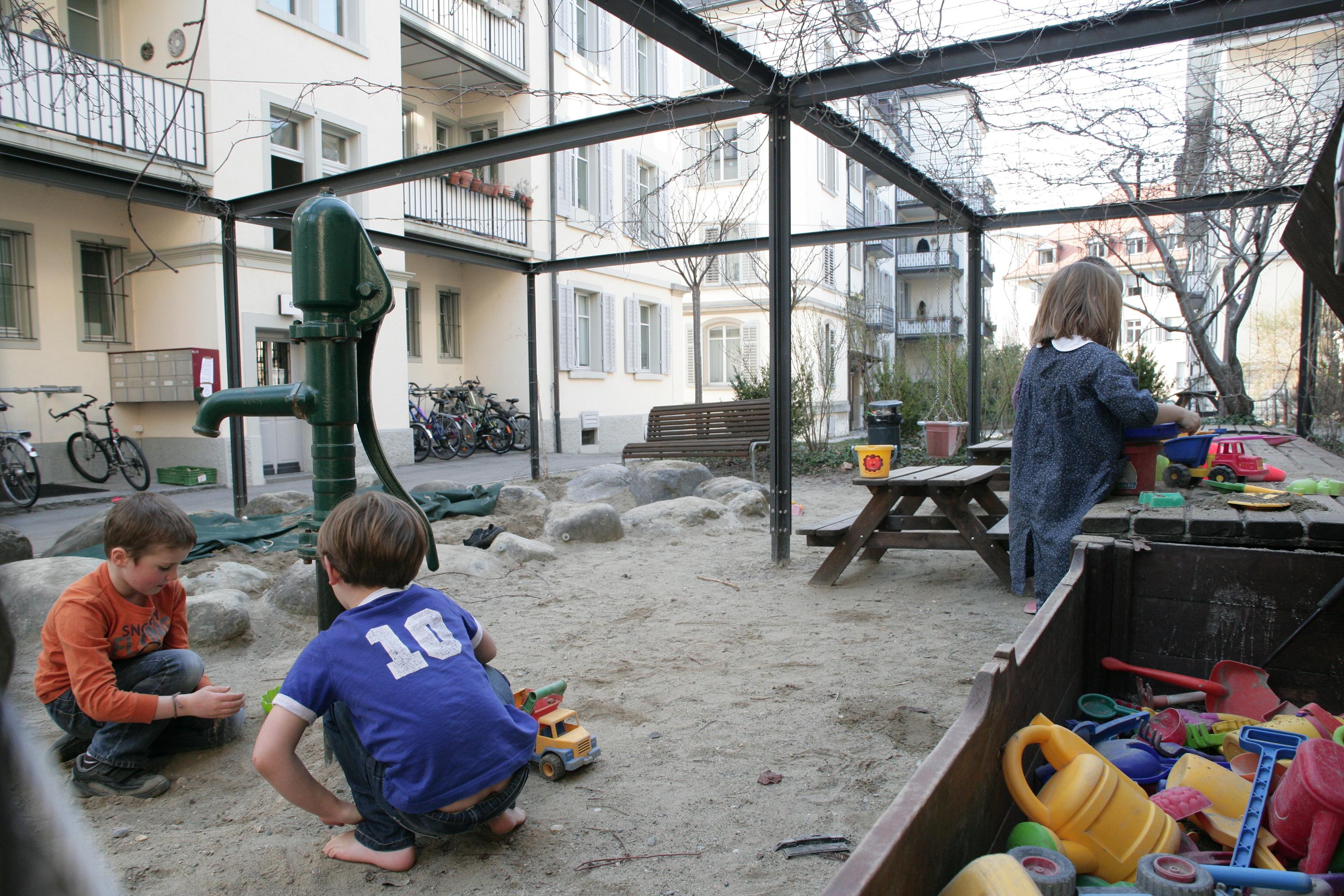 Cooperativa di abitazione wohnen for Tipi di abitazione