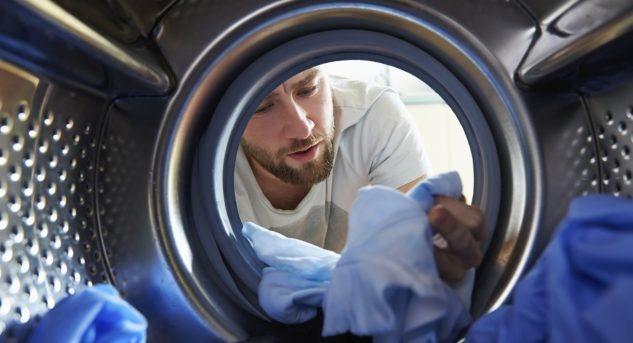 Wer keine weltfremden Nesthocker heranzüchten möchte, tut gut daran, Jugendliche auch in die Geheimnisse der Waschküche einzuweihen.