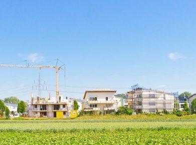 Immobilienmarkt 2017: Auch im neuen Jahr bleibt die Neubautätigkeit hoch - es gibt ein attraktives Angebot an Neubauten. (Bild: fotolia)