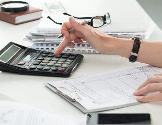 Haben Sie in Ihrem Budget nichts vergessen? - Zinsen, Amortisationen, Nebenkosten, Unterhalt, Unvorhergesehenes. (Bild: fotolia)