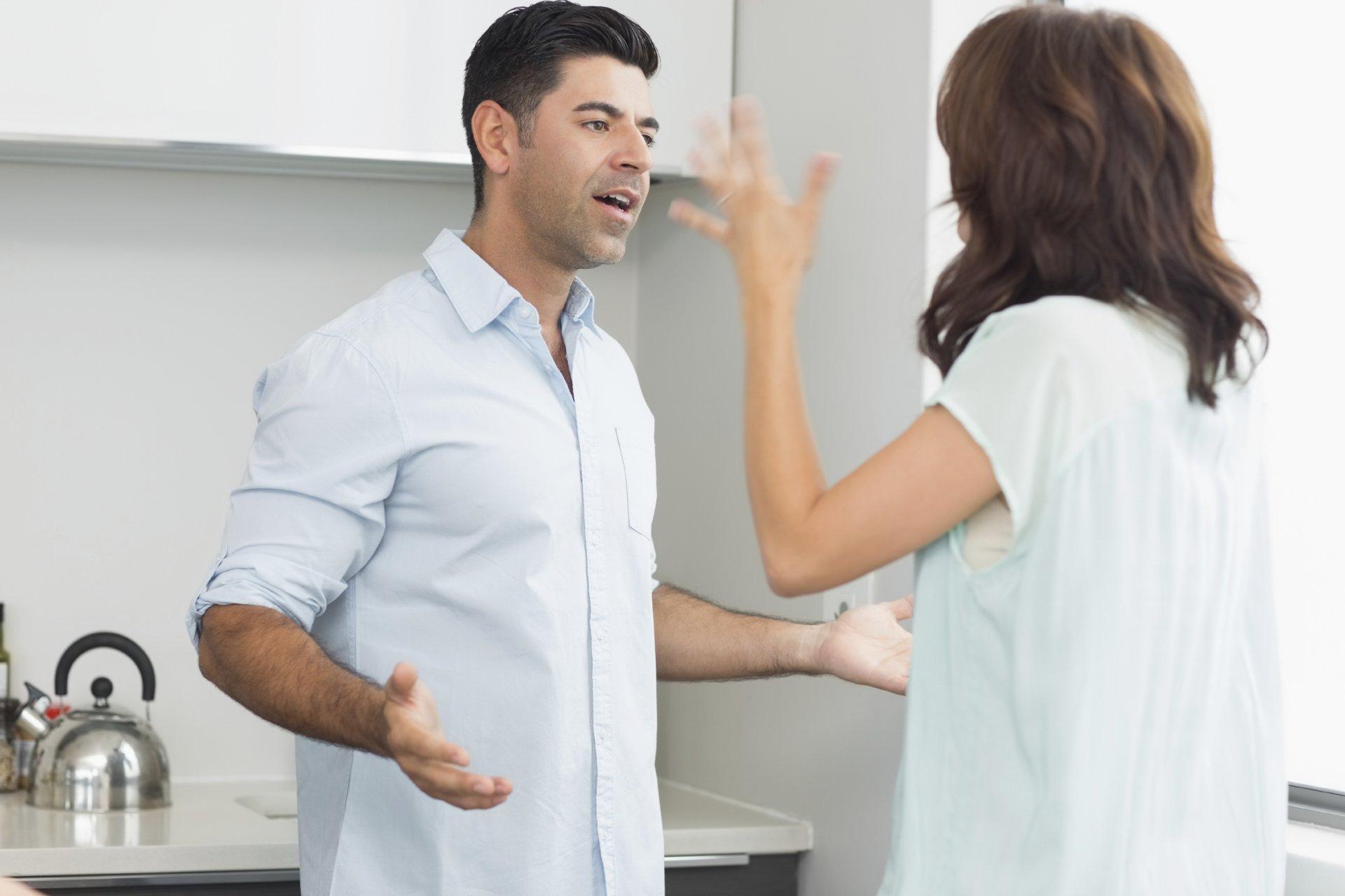 Rumore Nel Muro Di Casa disturbo della quiete a causa dei vicini: cosa fare quando c