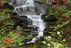 Die Umdrehung des Wasserfalls: Alles fließt zusammen.