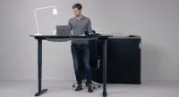 Höhenverstellbarer Tisch von Ikea