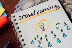 Beim Crowdfunding investiert eine Masse an Internetnutzern in eine Geschäftsidee. Das Finanzierungsmodell dient daher auch als Marktanalyse. (Foto: fotolia.com © designer491 (#98465562)