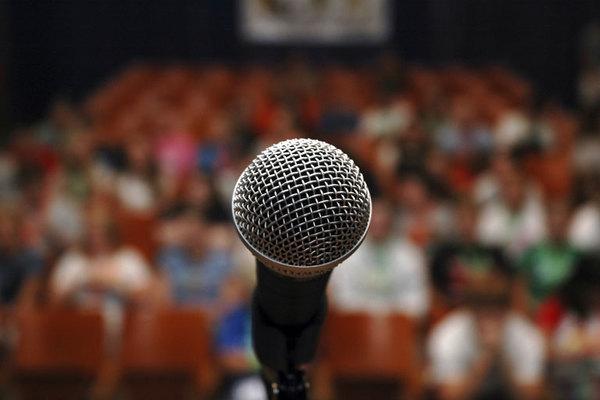 Public-speaking-thumb