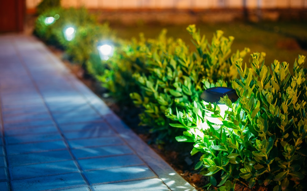 led-garden-lights.jpg