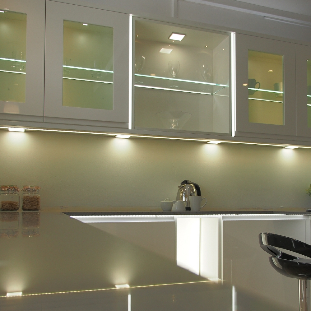 cabinet hardwired lighting lights product led under kit sale aiboo puck bulbs light