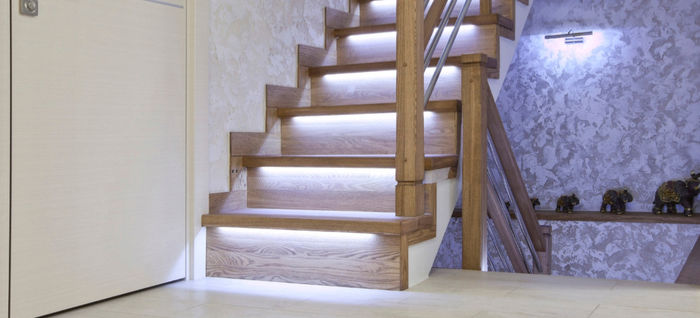 staircase illuminated by led extrusion profiles