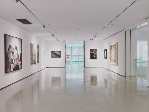 comment ouvrir une galerie d'art