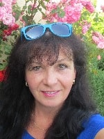 Lenka Koutnakova