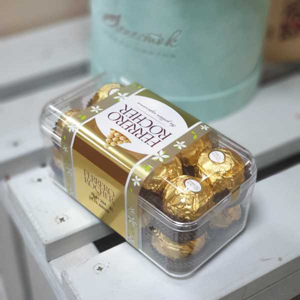 Коробка конфет Ferrero Rocher 200 гр.
