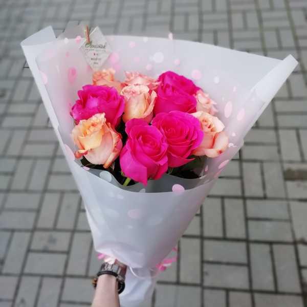 Букетик из 11 роз