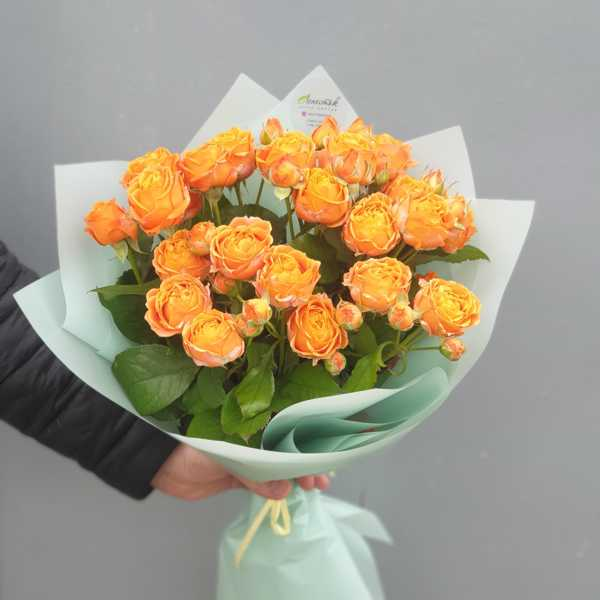 Монобукет из кустовых роз CORAL BUBBLES ORANGE