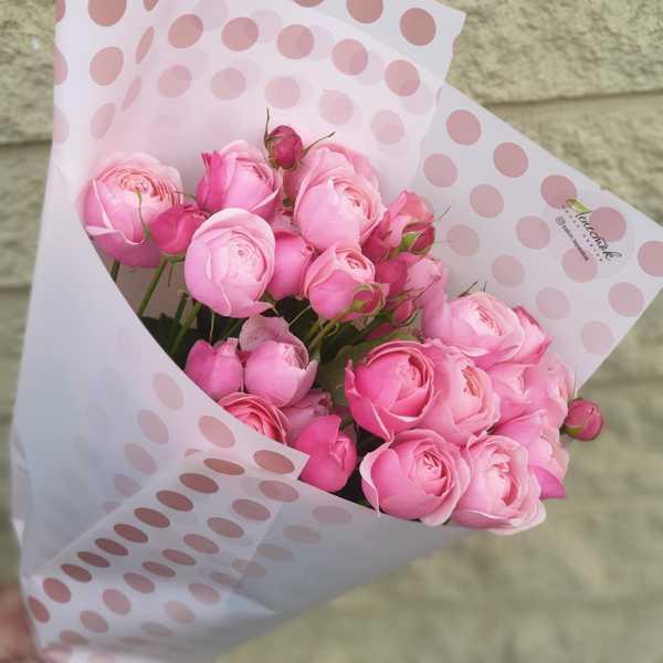 Охапка пионовидных роз Силва Пинк