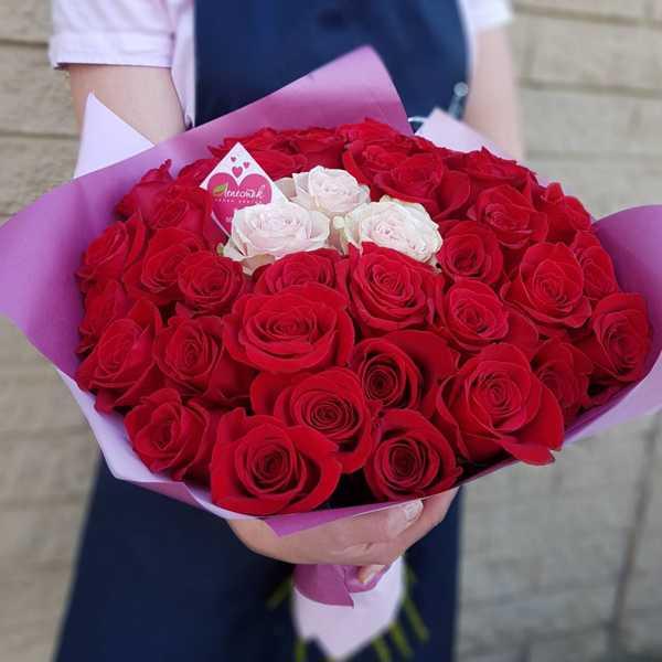 Букет из 45 импортных роз