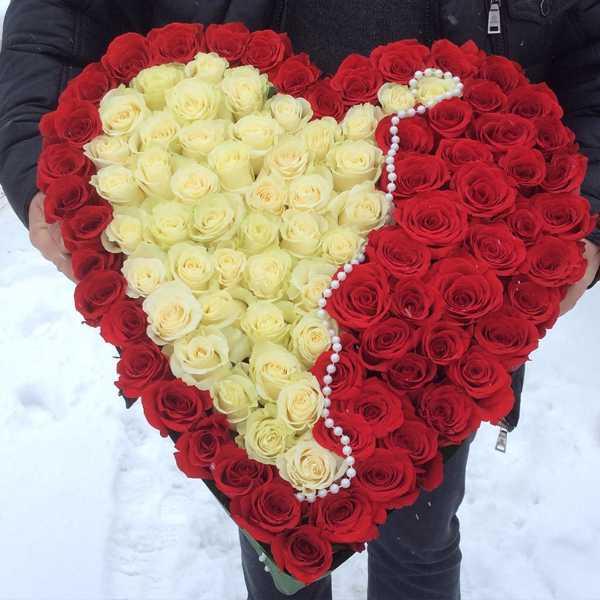 Композиция сердце из 101 розы
