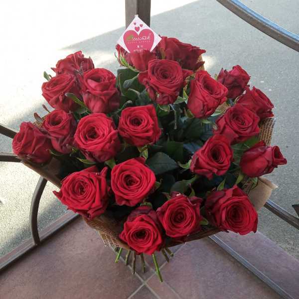 Букет из 25 белорусских роз