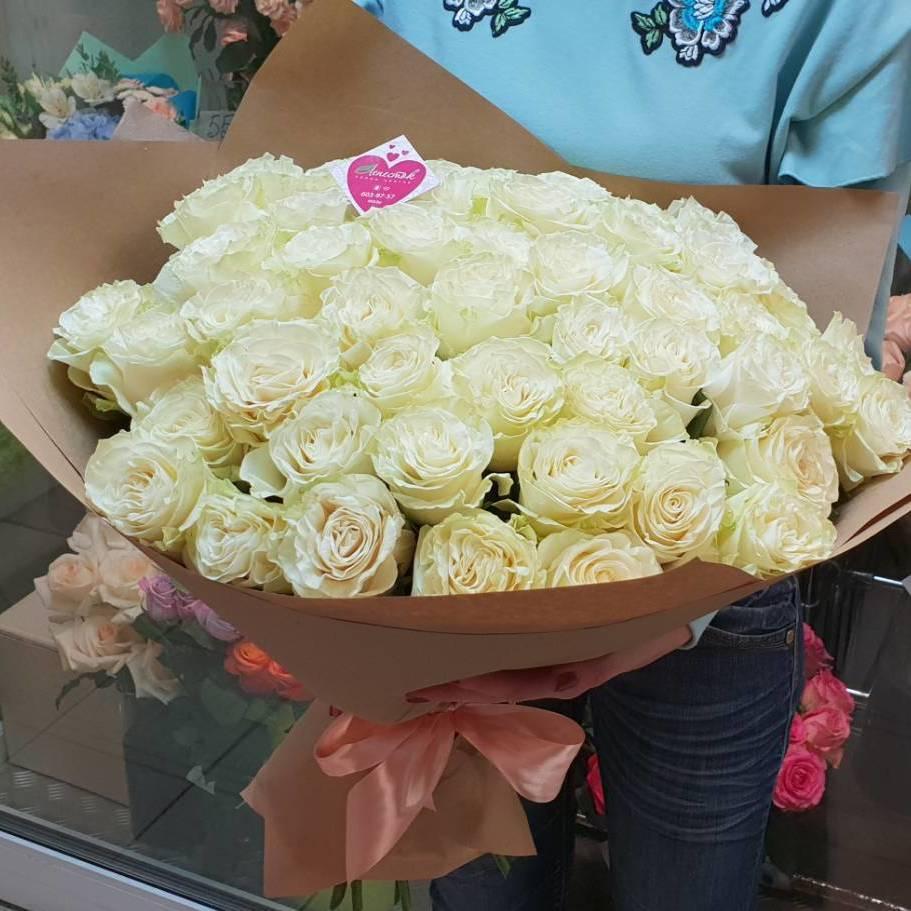 51 белая роза Mondial