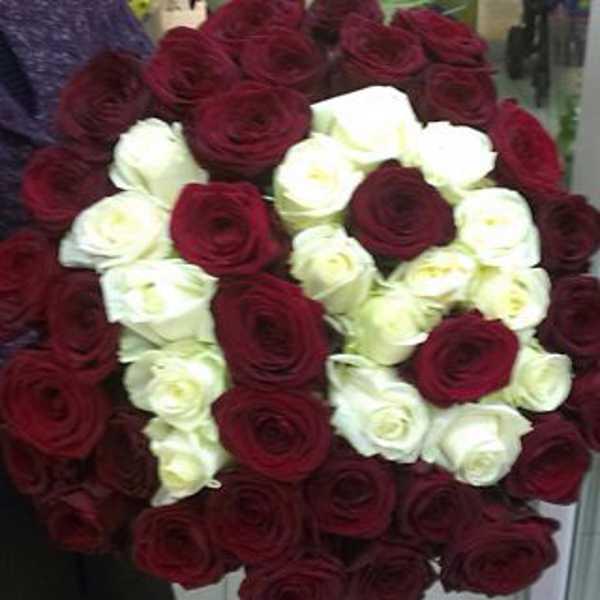 Букет из 61 розы