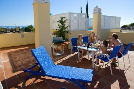 Colina del Paraiso, Penthouse available for Holiday Rental in New Golden Mile, Marbella, Spain