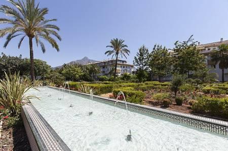 Dama de Noche, Apartment available for Holiday Rental in Puerto Banus, Marbella, Spain