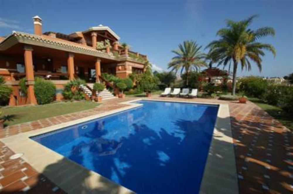 Villa Antonio, Villa in New Golden Mile, Marbella, Spain