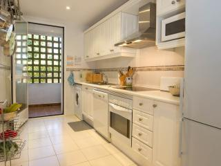 Casa Fenix, Apartment available for Holiday Rental in Nagueles, Marbella, Spain