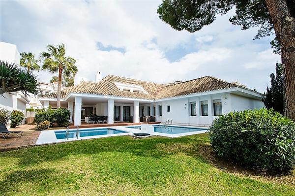 Villa Marina  6 bedrooms