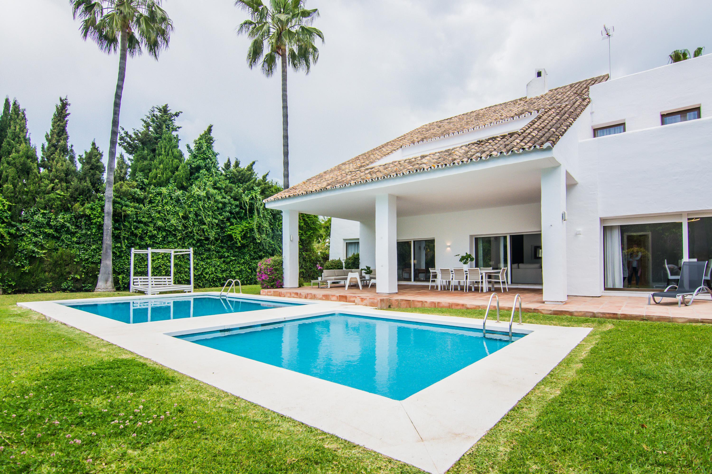 villa marina 4 bedooms, Villa available for Holiday Rental in Puerto Banus, Marbella, Spain