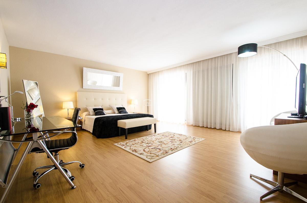 Villa Marina  6 bedrooms, Villa available for Holiday Rental in Puerto Banus, Marbella, Spain