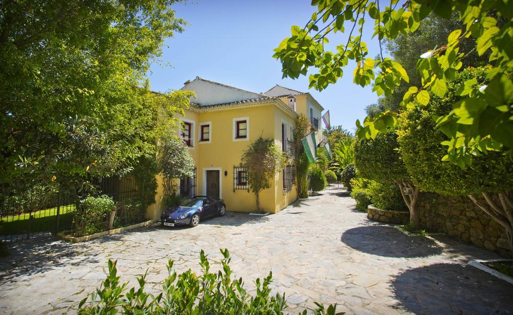 Casa Tarik, Villa in Nagueles, Marbella, Spain