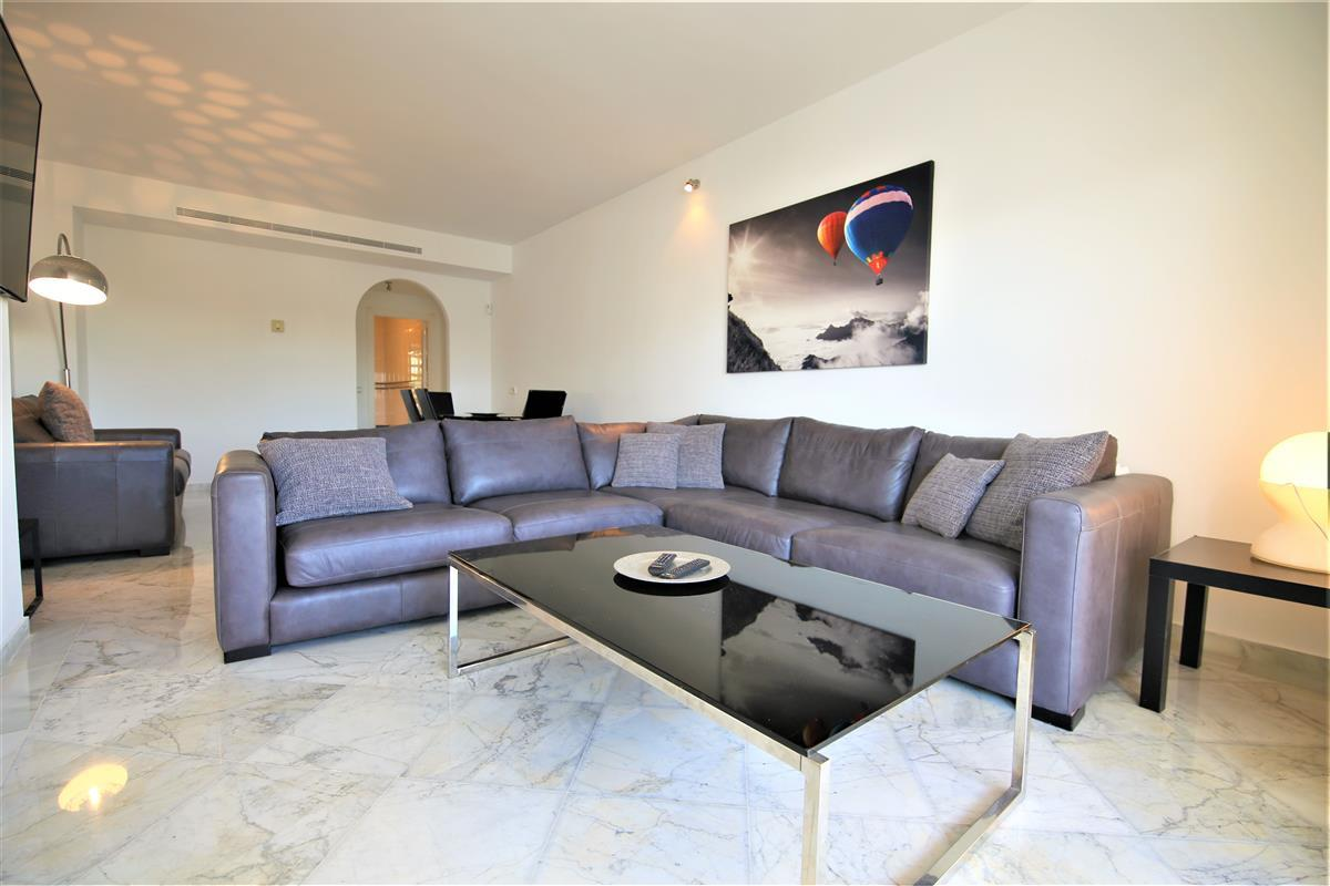 Alcazaba Gardens, Apartment available for Holiday Rental in Puerto Banus, Marbella, Spain