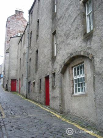Property to rent in Robertsons Close, Old Town, Edinburgh, EH1 1LY