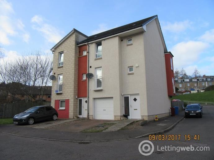 Property to rent in Milnbank Gardens, Dundee,
