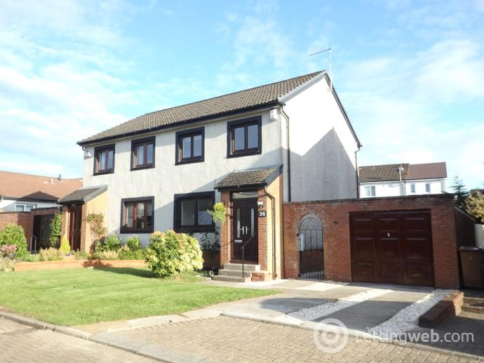 Property to rent in Dundonald Crescent