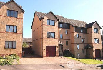 Property to rent in Carmichael Gardens, Dundee, DD3 6LX