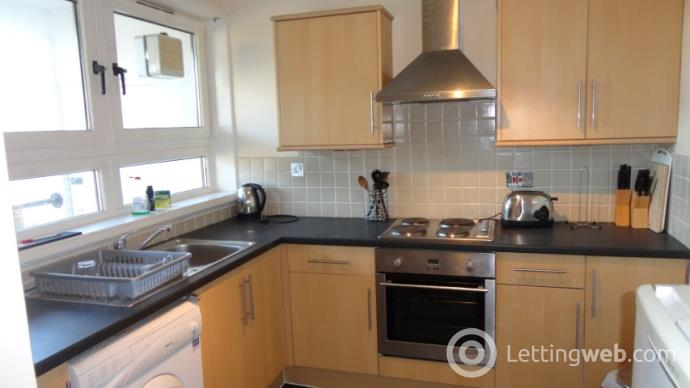 Property to rent in Lang Stracht, Aberdeen