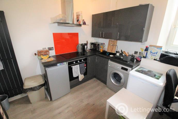 Property to rent in 93B Park Street