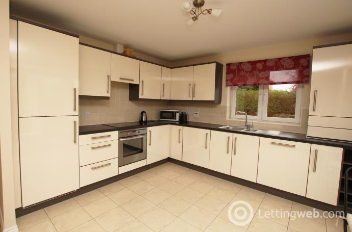 Property to rent in Kelvindale Court, Glagow