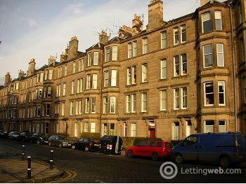 Property to rent in Comely Bank Avenue, Edinburgh            Available 17th January