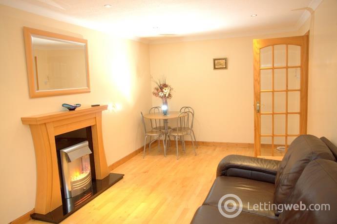 Property to rent in Cornhill Gardens Aberdeen