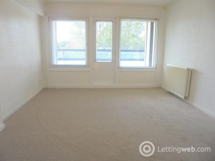 Property to rent in Oldcroft Court, Stockethill, Aberdeen